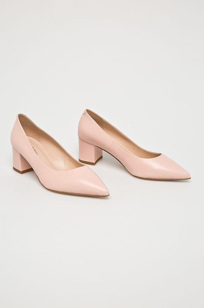Pantofi roz Solo Femme
