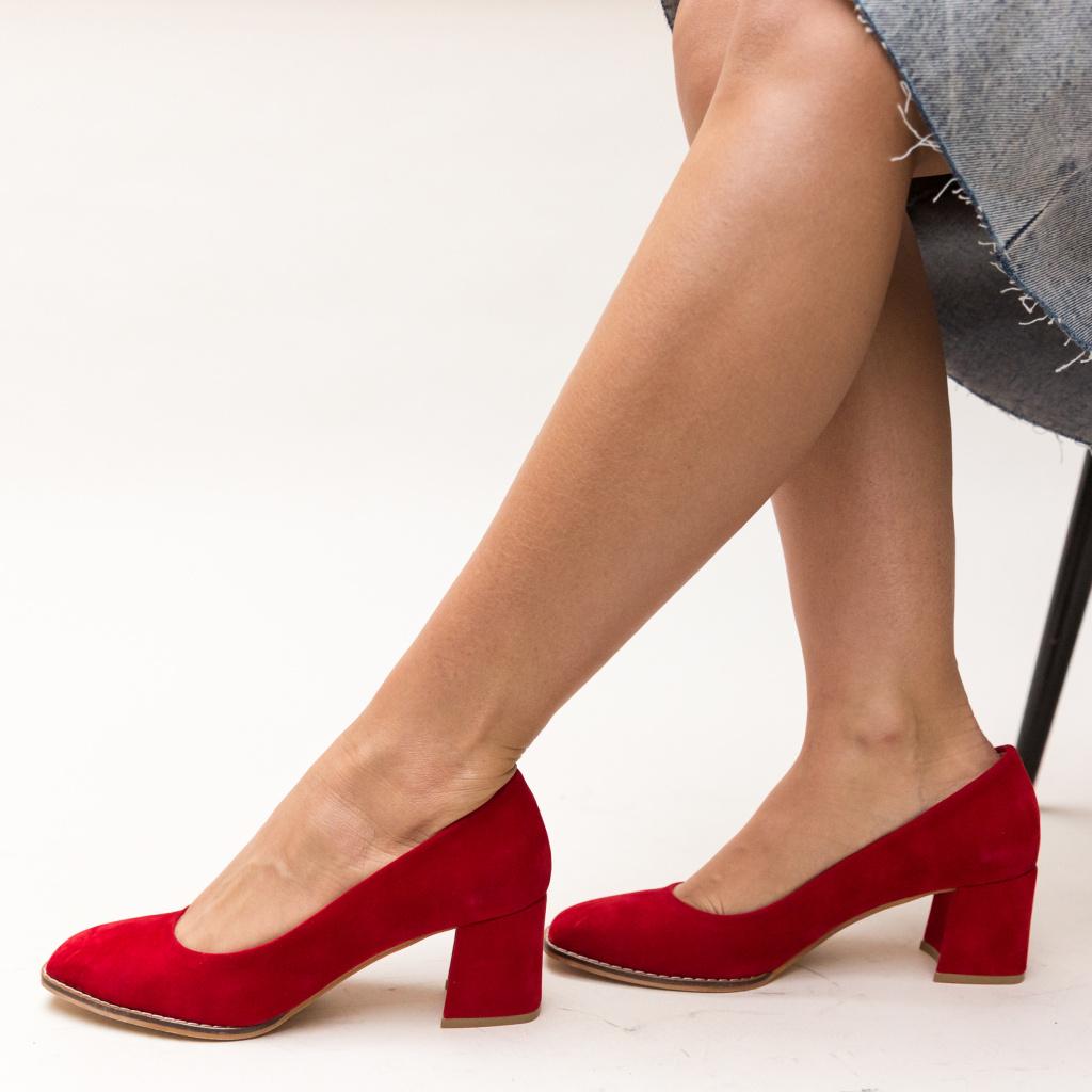Pantofi rosii DePurtat